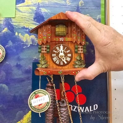 smallest cuckoo clock in the world