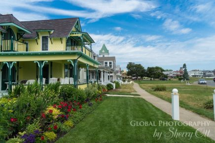 Marthas Vineyard Oak Bluffs homes