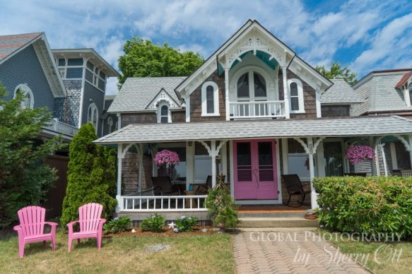 Marthas Vineyard Oak Bluffs victorian