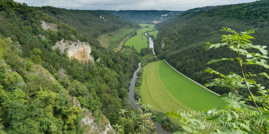 donaubergland Danube River snaking throug the valley