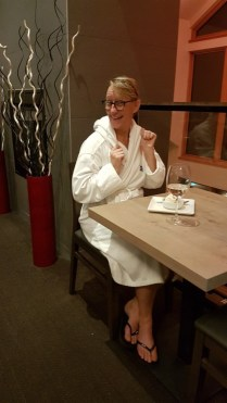 therma resaurant robe dining