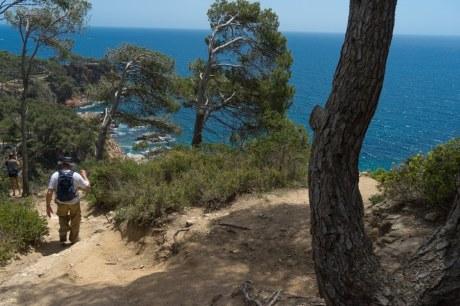 costa brava coastal path thru hike