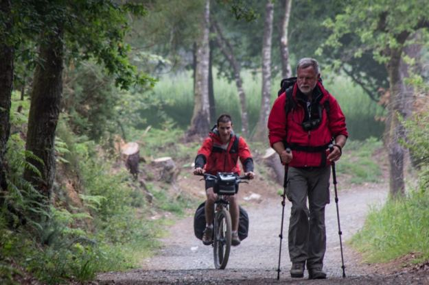 biking and hiking camino de santiago