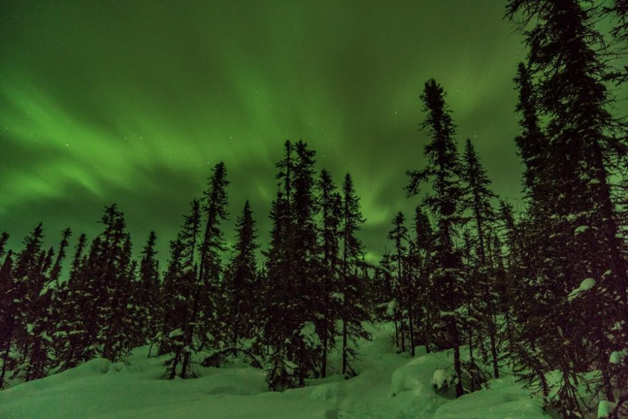 alaska northern lights with the camera