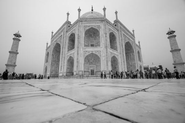 Taj Mahal photography black and white