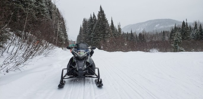 Quebec winter activities snow mobile