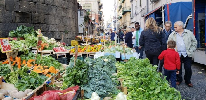 Food to eat in Naples, Italy