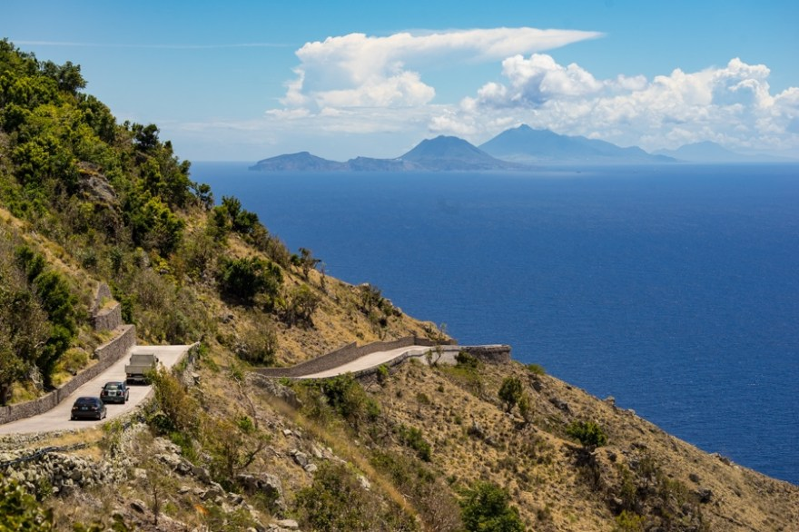 The road on saba