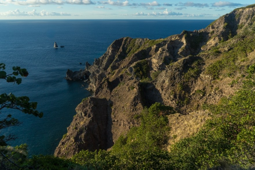 hiking saba island