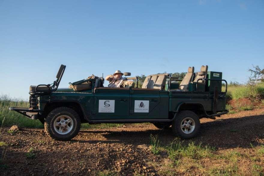 photography safari vehicle