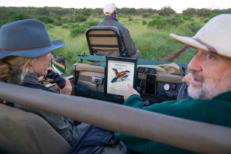safari photography vehicle