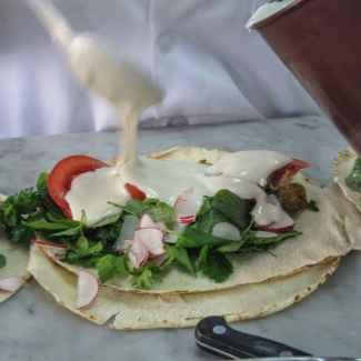 making a lebanese style falafell sandwich
