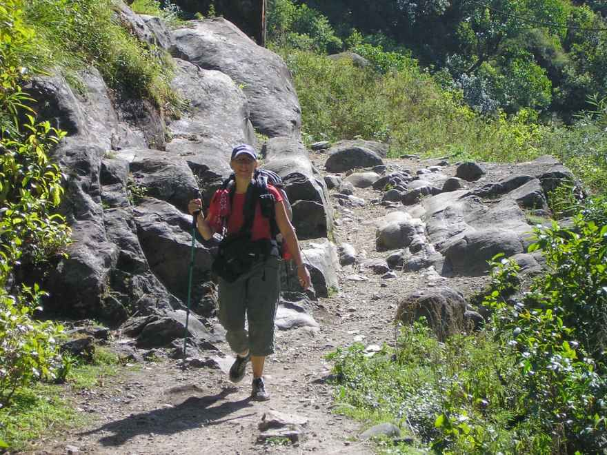 hiking annapurna circuit