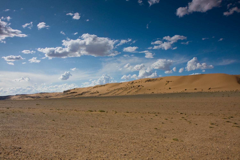 sand dunes mongolia