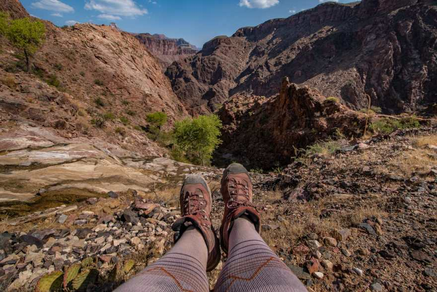 compresesion socks for hiking