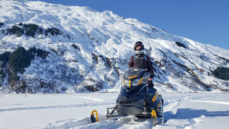 alaska snowmachine tour