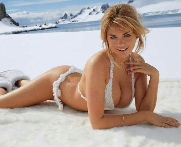Kate-Upton-Snow-Bikini
