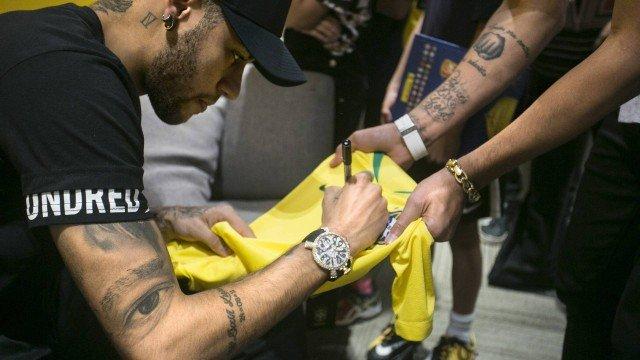 Neymar nos bastidores do Altas Horas (Foto: Divulgação/TV Globo)