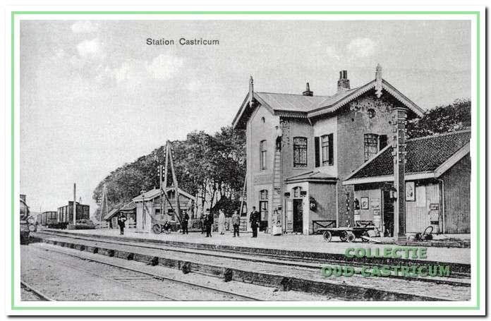 Het station van vóór 1912.