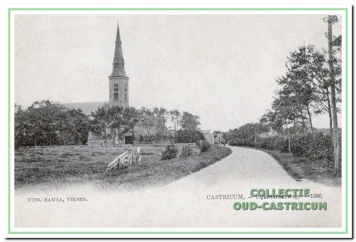 De Rijksstraatweg (nu Dorpsstraat inCastricum) in zuidelijke richting, 1901.