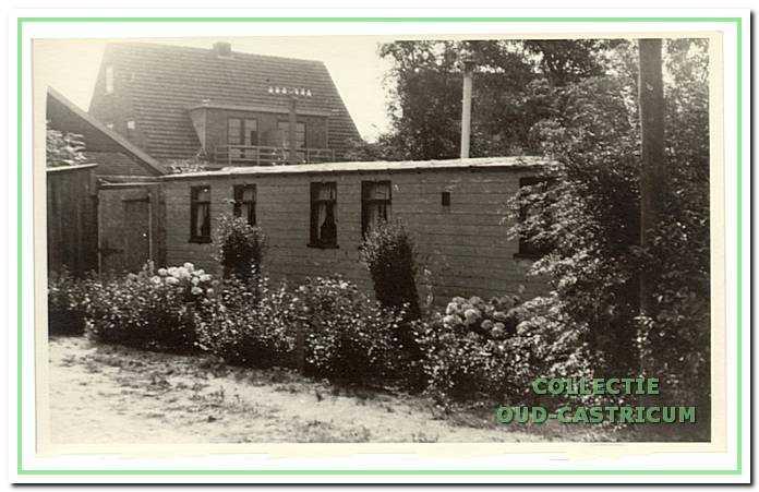 In dit houten huisje (nr 7) woonde Freek Hollenberg.