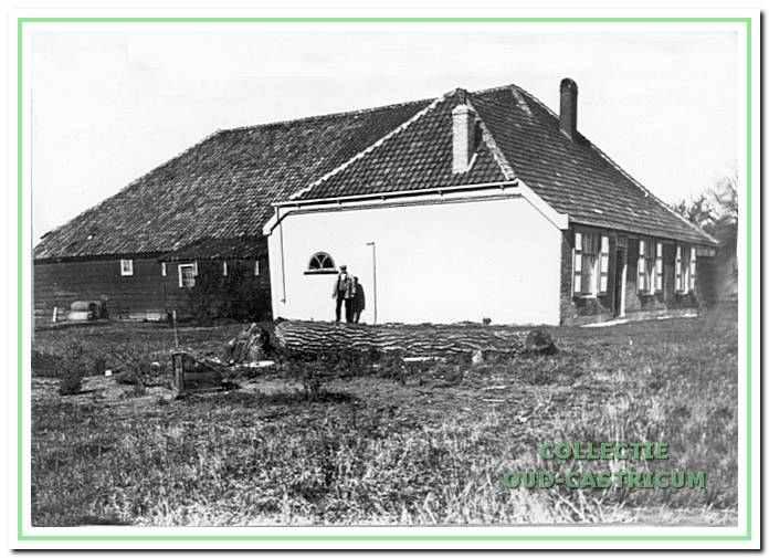 Boerderij 'De Brabantse Landbouw', de oudste in het duingebied. Gebouwd in 1770 in opdracht van Andries Deutz van Assendelft. De eerste huurder was Evert Asjes.