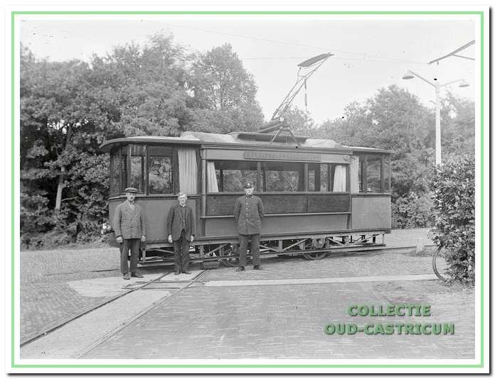 De electrische tram verzorgde van 1920 tot 1938 het personenvervoer van Castricum naar Duina en Bosch.