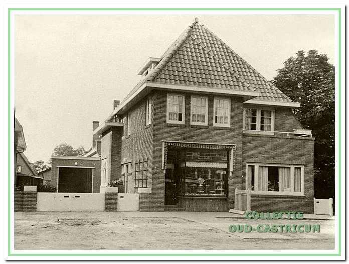 Bakkerij van Juffermans aan de Dorpsstraat.