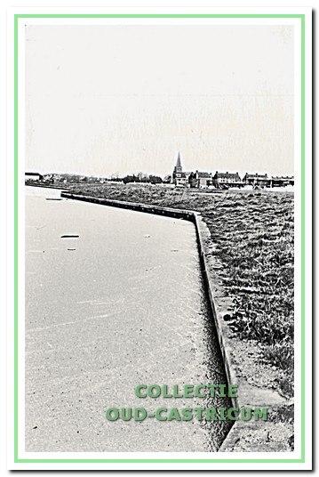 Zicht op de Ciebeek en de bouw van Molendijk Zuid.