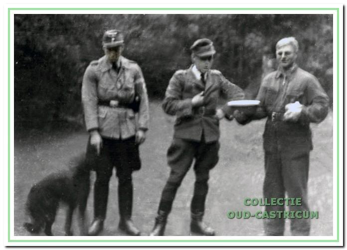 Drie Duitse soldaten tijdens de tweede wereldoorlog.
