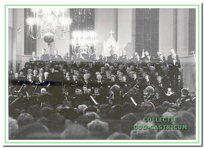 De oratoriumvereniging geeft een extra kerstconcert in de Pancratiuskerk.