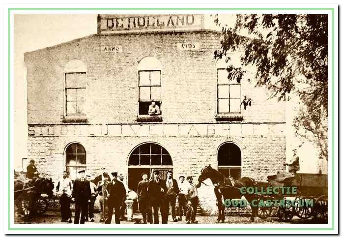 De stoomzuivelfabriek 'De Holland' in 1905 gebouwd aan de Breedeweg.