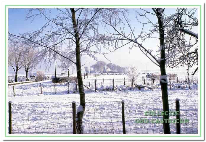 Winterlandschap rond het Cronenburgerlaantje in de verte boerderij Kronenburg.