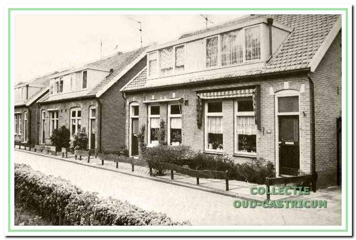 Zeeweg met huizen van Goed Wonen.