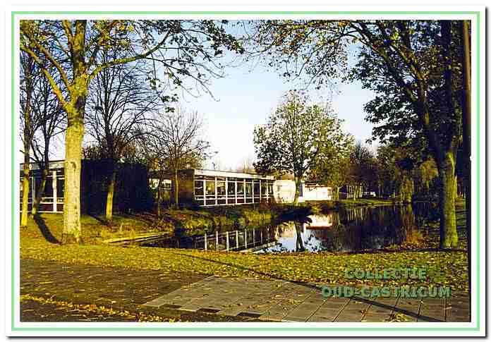 Het Rinkelven aan de Rooseveltlaan in Castricum, 1999.