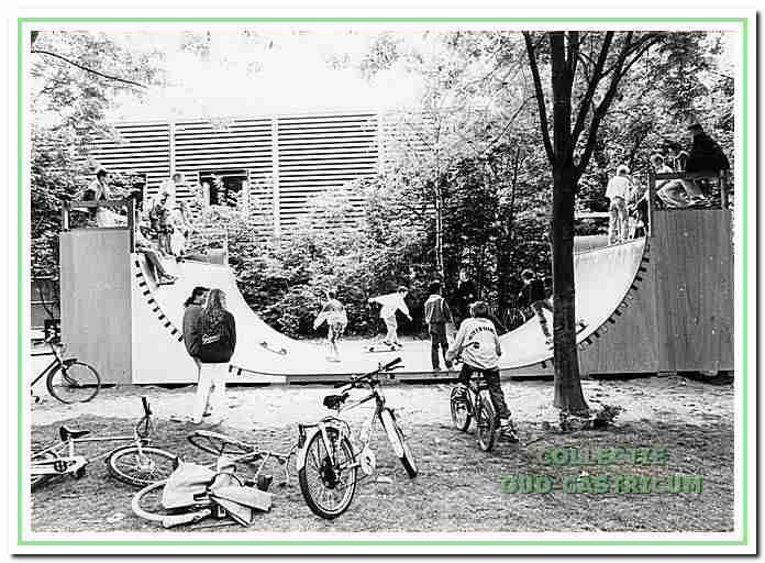Skatebaan voor de jeugd aan de Bloemen in Castricum.