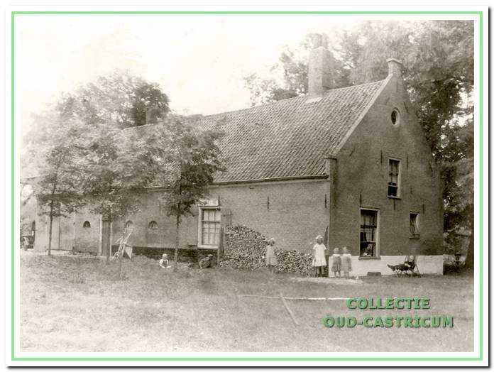 Johanna's Hof was een lange boerderij en lag evenwijdig langs Zeeweg en Hoepbeek.