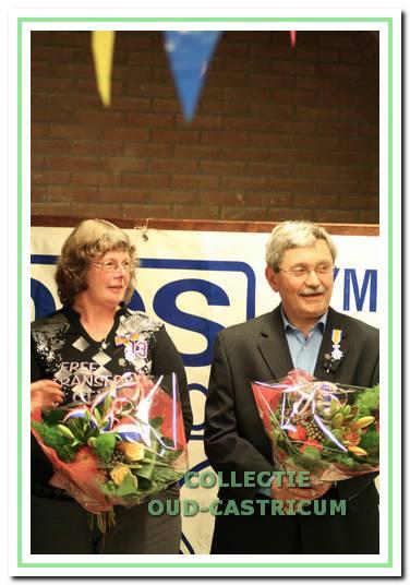 Marja en Dick Ceulen werden op 24 maart 2010 koninklijk onderscheiden voor hun grote verdiensten voor DOS.