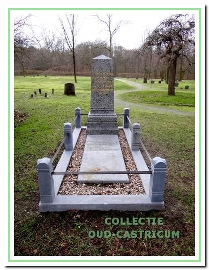 Het graf van Dr. Jacobi.