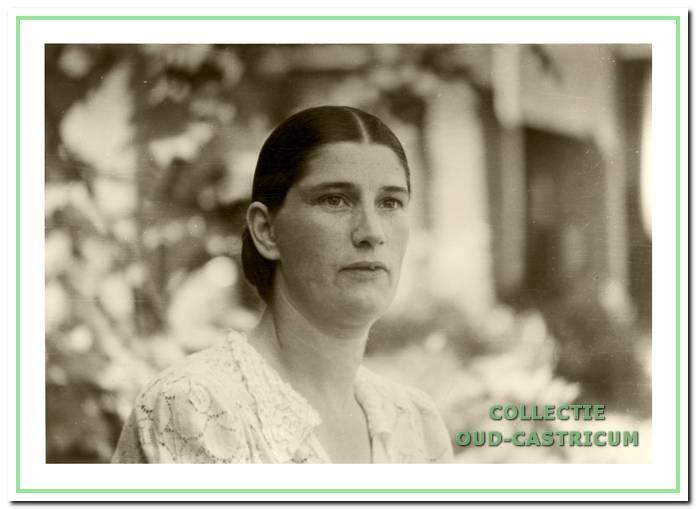 Margaretha (Gré) Bettink - Weel (1906-1975) werd wel de 'Spaanse schone' genoemd.