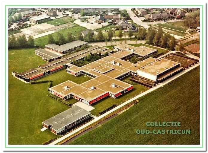 Luchtfoto van het Bonhoeffer college.