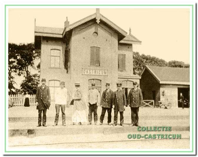 Achterzijde stationsgebouw in 1907. Dit station is gebouwd in 1867.