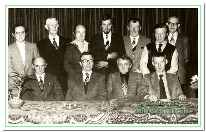 Het laatste polderbestuur uit 1976.