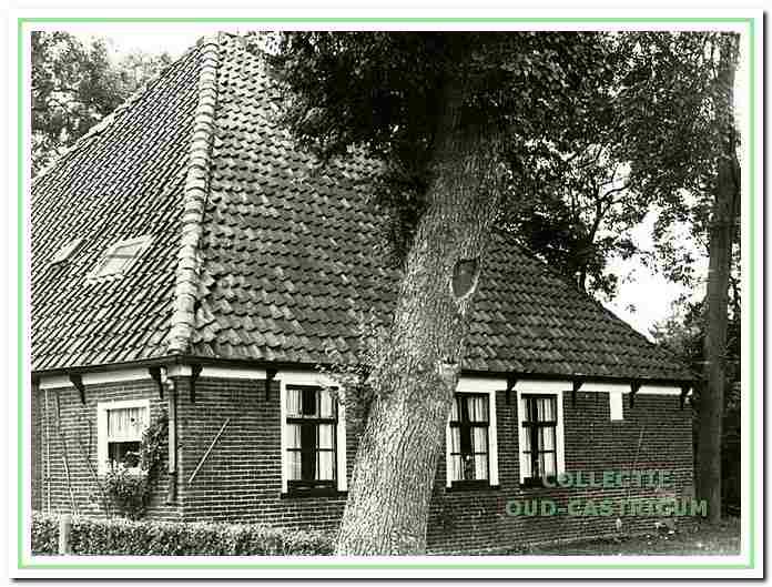 De boerderij van de Piet Zomerdijk (zie 17).
