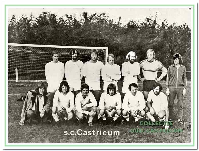 De eerste hoofdmacht behaalde de titel in 1974 van de 3e klasse afdeling Noord-Holland.