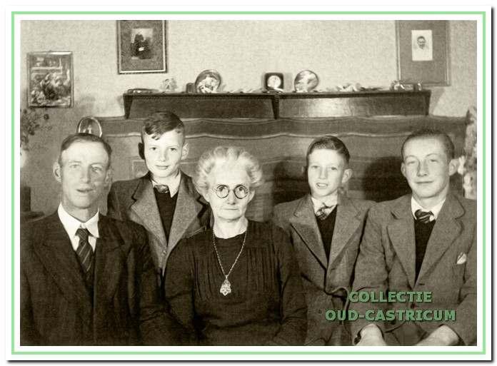 Het gezin van Klaas Bos in 1948.