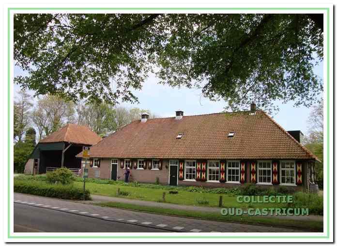De Van Tienhoven Hoeve aan de Heereweg.