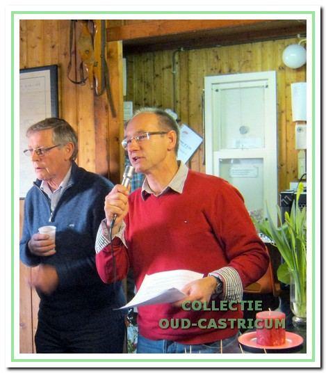 Ronald Snijders spreekt de leden toe tijdens de nieuwjaarsreceptie in 2012.