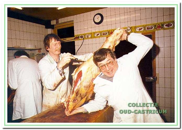 Sportverslaggever Theo Koomen bezocht de slagerij in 1982 voor een interview met AZ-voetballer Jos Jonker.