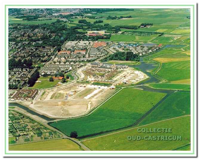 De wijk Alberts Hoeve vanuit de lucht gezien, 1996.